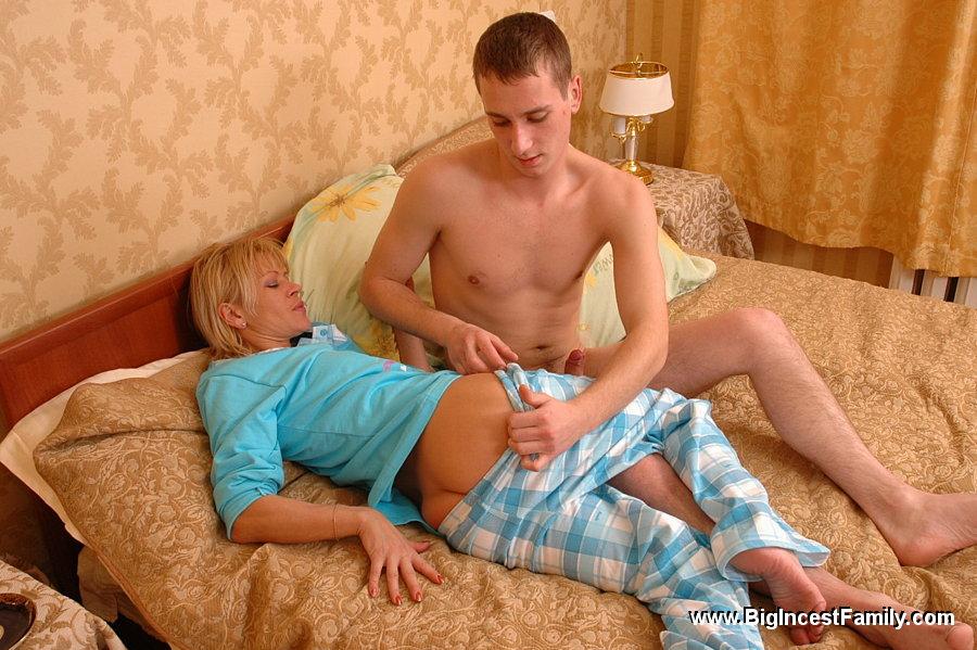 порно фото мама и племянник