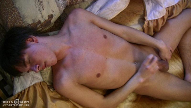 nude asian models who look like jewel santini