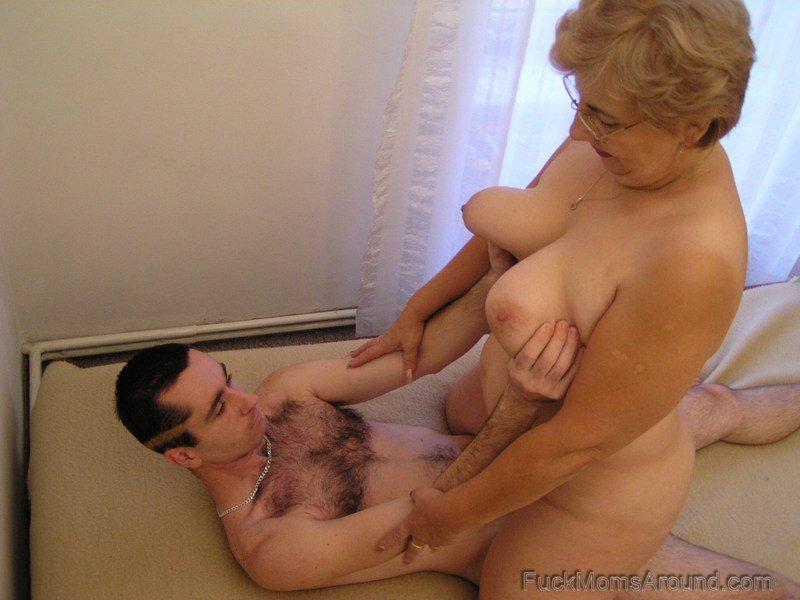 Порно ролики старые мамочки бесплатно