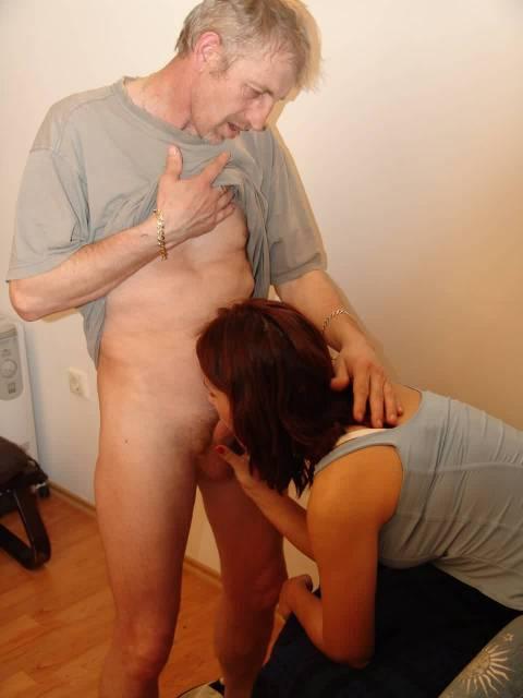 порно отец ебет дочь лишает её дествености