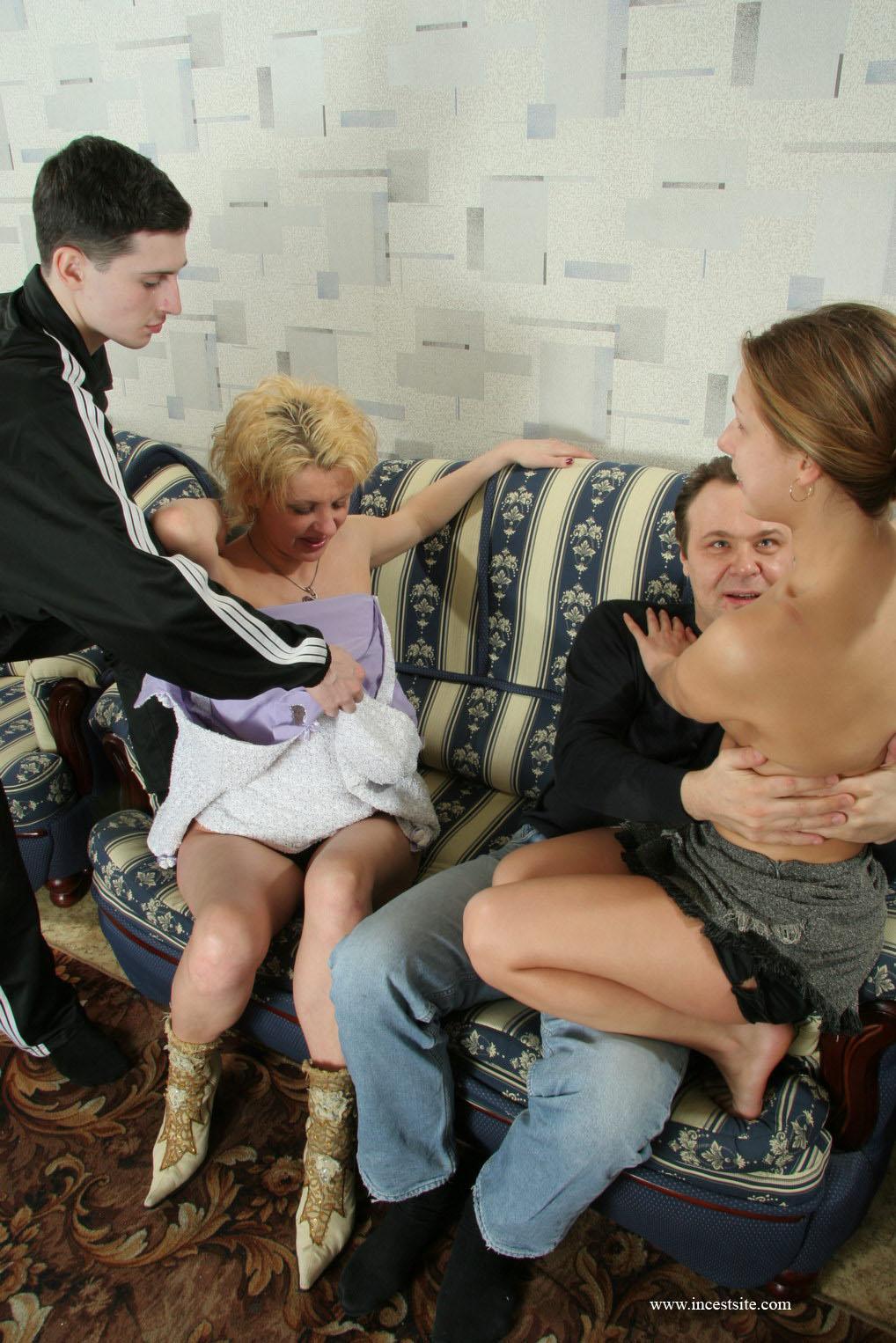Порно зрелая мама и сын Порно зрелых с сыновьями