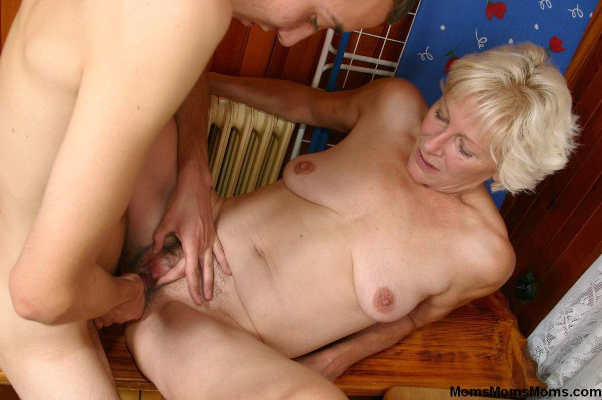 Free Mature Pictures Collection, Nude
