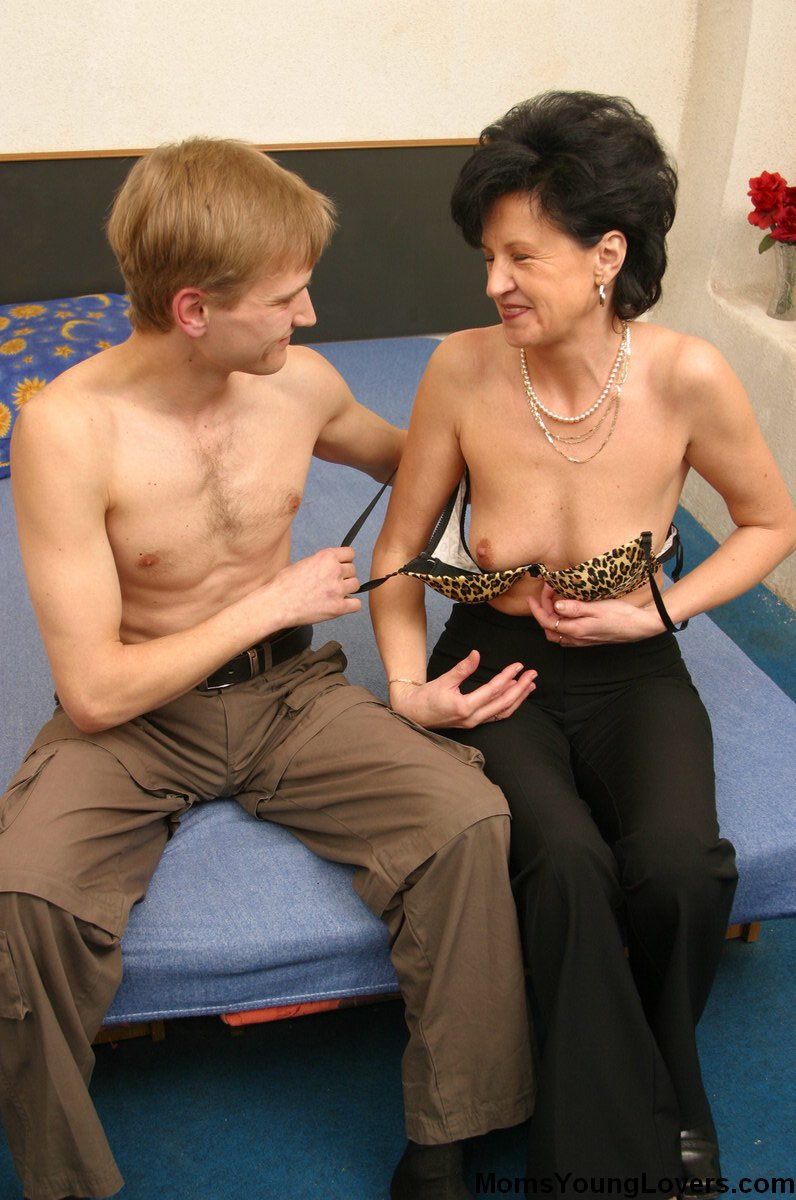 01 friend mom porn younger It is because of this that the adult sex toys came to existence for all ...