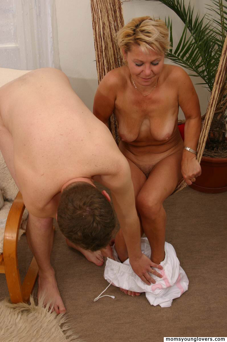 toys with Mature milf