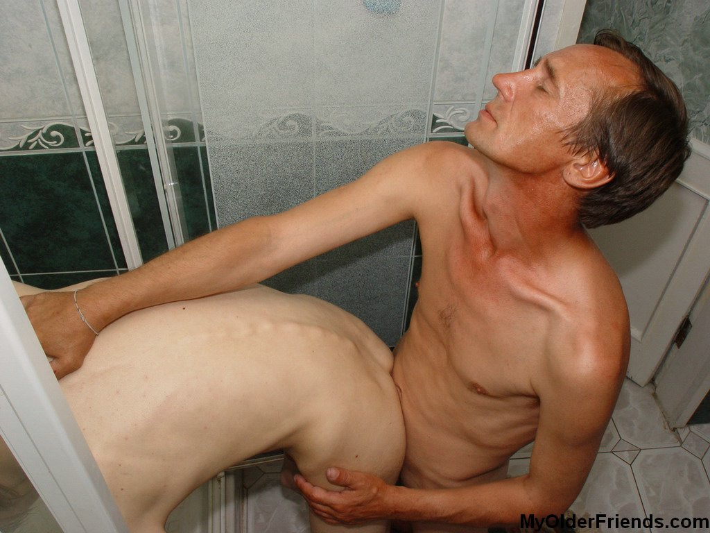 Taboo gay sex in the shower cabin.