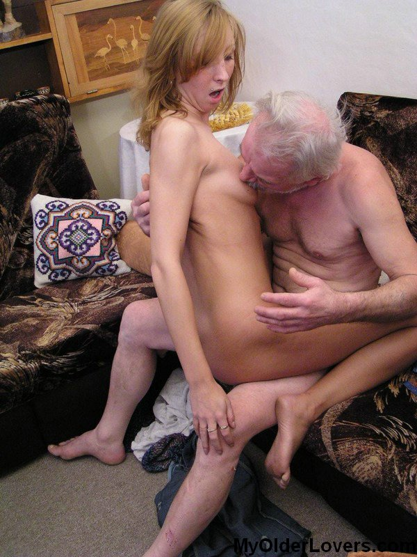 И внучка деревне порно дед