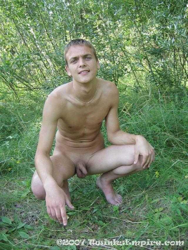 Cute Boy Poses Nude
